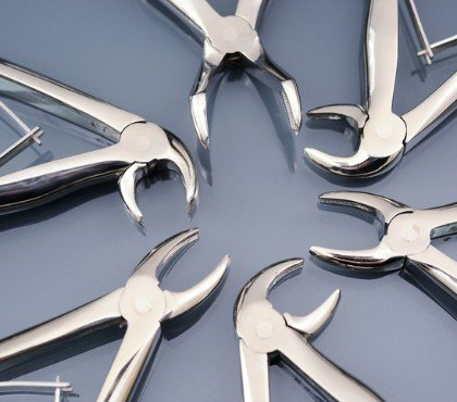 narzędzie doczyszczenia zębów